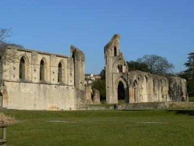 abadia-de-glastonbury_781062-400x300.jpg