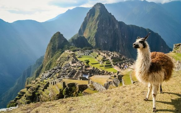 llama-at-the-machu-picchu-unesco-peru-andbeyond.jpg