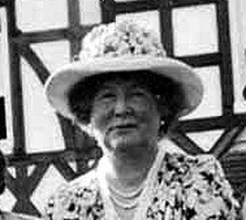 Dorothy Clutterbuck.jpg