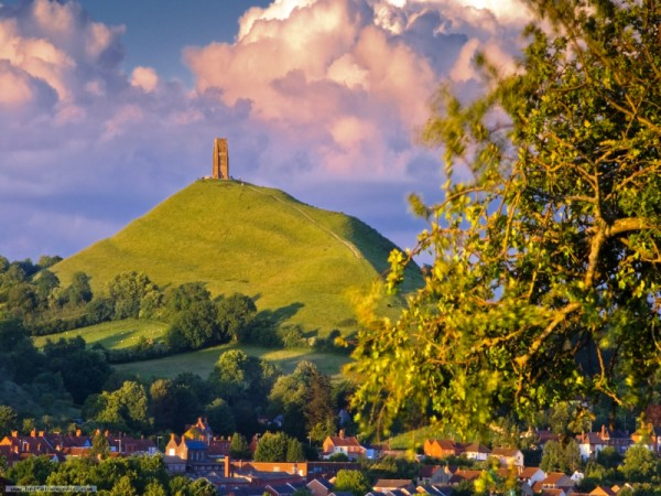 glastonbury-tor-green.jpg