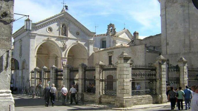 santuario_san_michele_arcangelo Italia