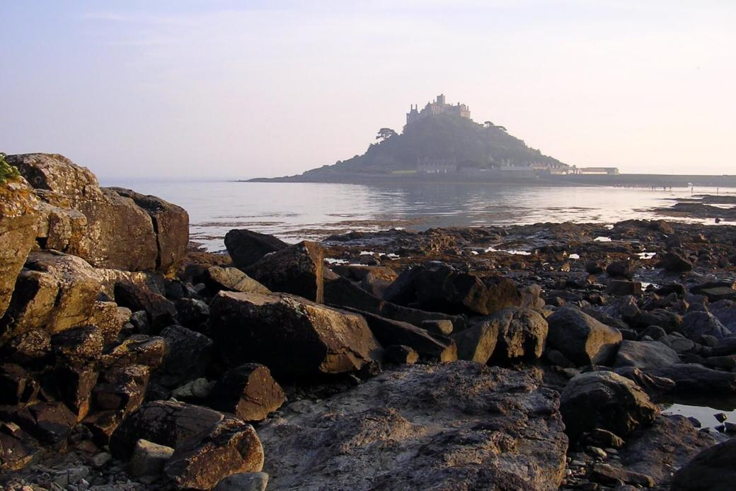 st_michaels_mount  Saint Micheal's Mount (Inglaterra).jpg