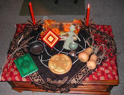 altar_mabon